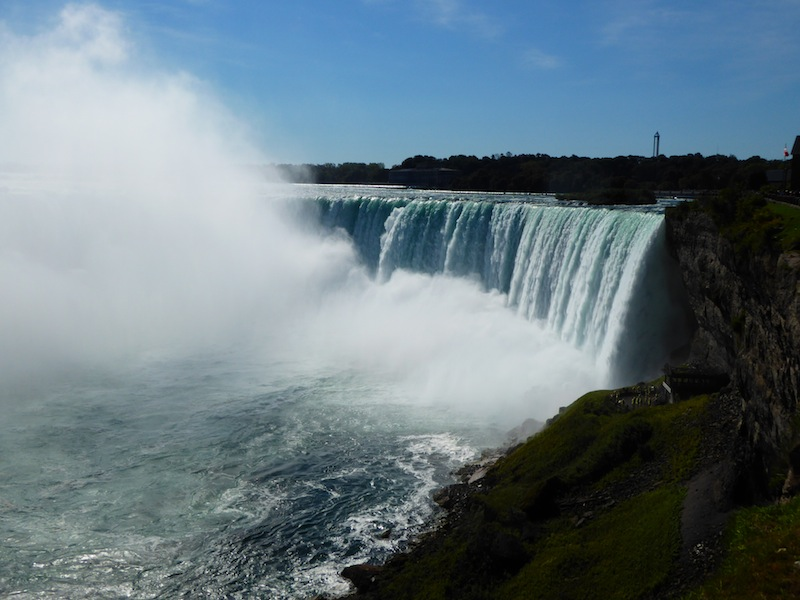 Another view of the Horseshoe Falls