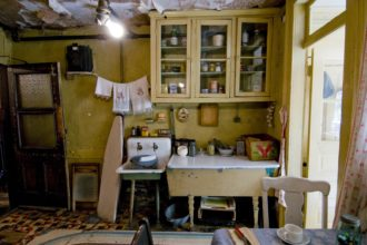 Inside the Tenement Museum