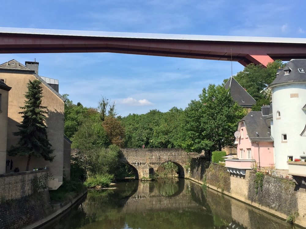 The Pont Rouge and the Alzette river